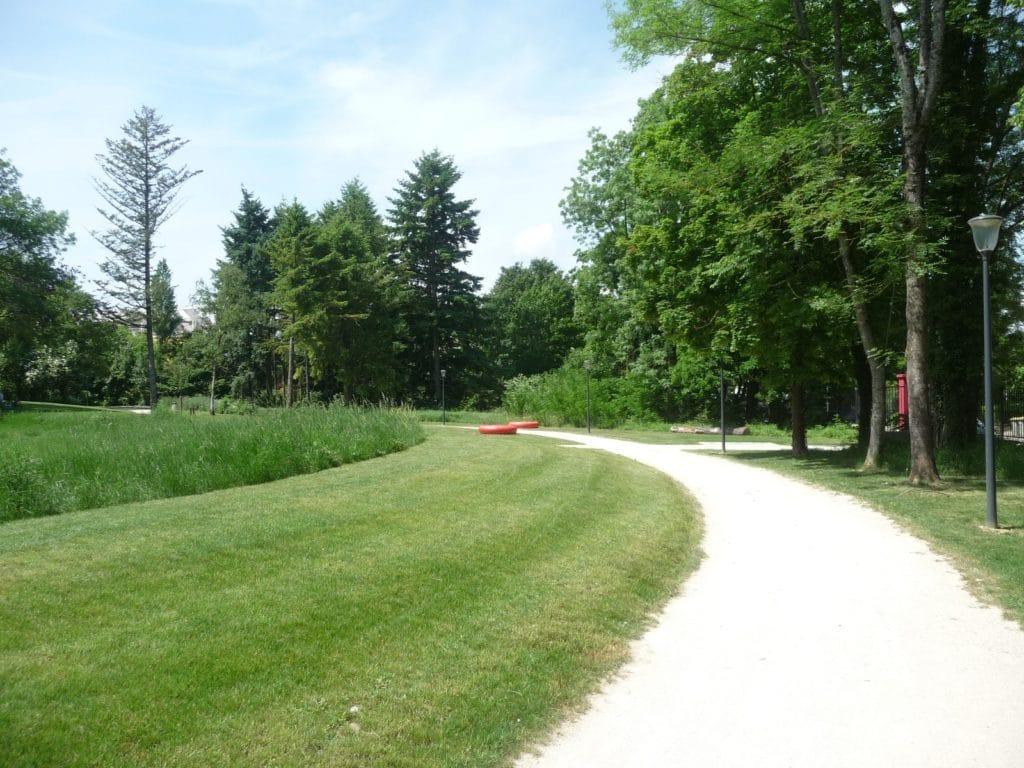 Cr ateur de jardin et parc architecte paysagiste mayot for Paysagiste createur de jardin